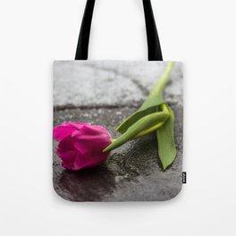 tulip_6 Tote Bag