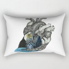 Middle Rectangular Pillow