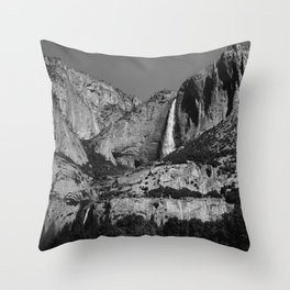 Yosemite Falls VIII Throw Pillow
