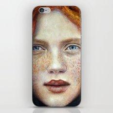 Face1 iPhone Skin