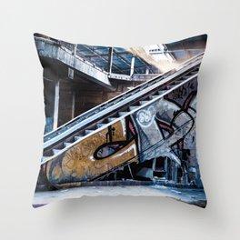 c o l d Throw Pillow