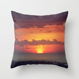Setting Disk Throw Pillow