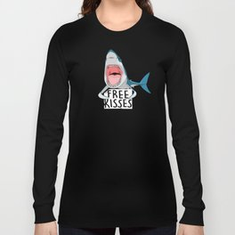 Free kisses Long Sleeve T-shirt