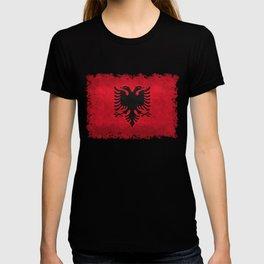 Albanian Flag in Vintage Retro Style T-shirt
