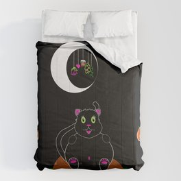 Black Kitty under a Waning Moon Comforters