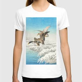 Ducks flying over a snowy field - Vintage Japanese woodblock print T-shirt