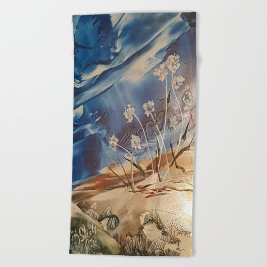 Spring White flowers Beach Towel