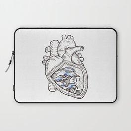 Ocean heart | Retro waves Laptop Sleeve