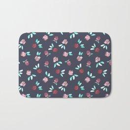 Clover Flowers Pattern on Grey Bath Mat