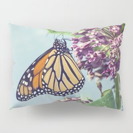 Monarch butterfly perched on pink swamp milkweed flowers Pillow Sham