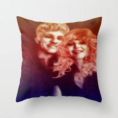birds of love Throw Pillow