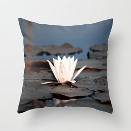 flower of the lake Throw Pillow
