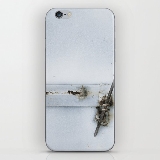 closed#02 iPhone & iPod Skin