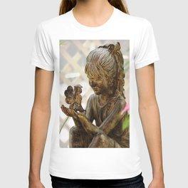Secrets Amongst Friends T-shirt