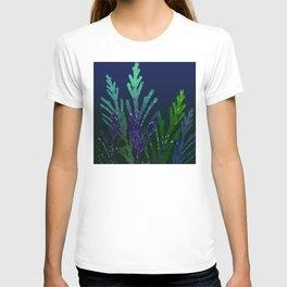 Pine tree leaves at night T-shirt
