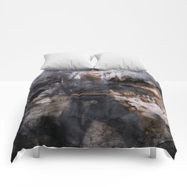 unconquerable ragnar Comforters