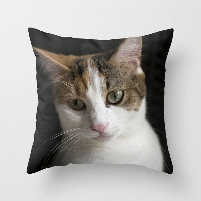 Molly, portrait n Throw Pillow