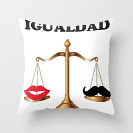 Igualdad Throw Pillow