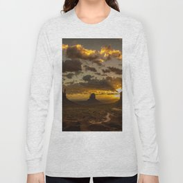 Monument Valley - Vivid Sunrise Long Sleeve T-shirt
