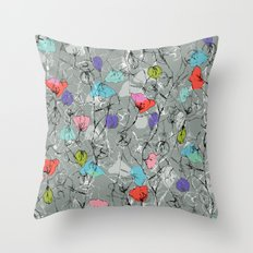 Crawling leaves Throw Pillow