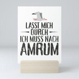 Lasst mich durch ich muss nach Amrum Möwe Mini Art Print