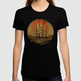 Set Sail - 001 T-shirt