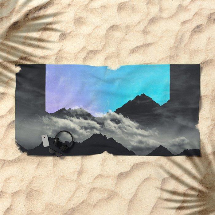 echo mountains Blue Beach Towel