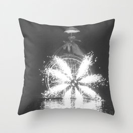 """Wonders on a water"" Throw Pillow"