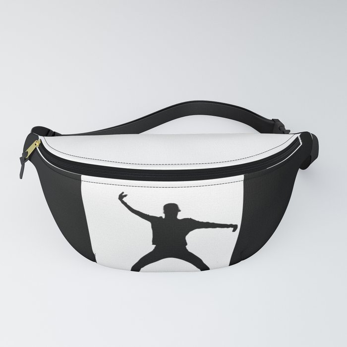 Moving in windows. Fanny Pack