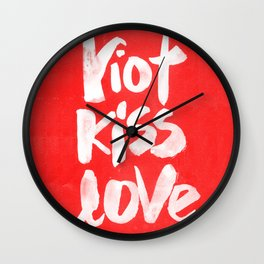 riot kiss love Wall Clock
