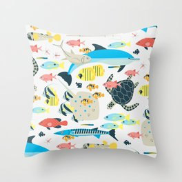 Coral reef animals Throw Pillow