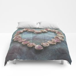 Heart of Roses Comforters