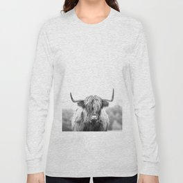 Highland Cow Longhorn in a Field Black and White Long Sleeve T-shirt