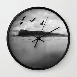 Pelícano Wall Clock