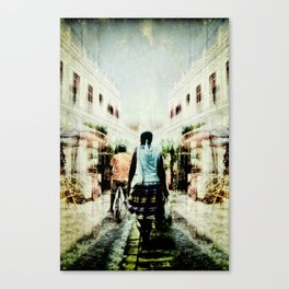 Cuba Street Stroll Canvas Print