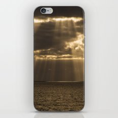 Golden rain iPhone & iPod Skin