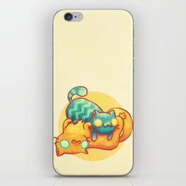 Hug ! iPhone Skin