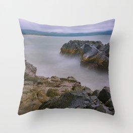Between rocks - Wales Throw Pillow