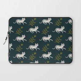 Snow Leopard & Fern Laptop Sleeve