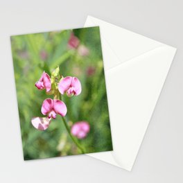 Vintage Inspired Pink and Green Wildflowers Stationery Cards
