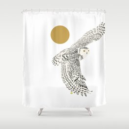 Art print: The snowy owl in flight Shower Curtain