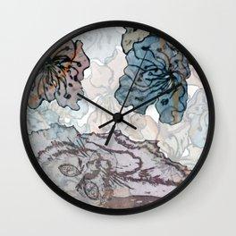 cat flowers, gatito florido Wall Clock