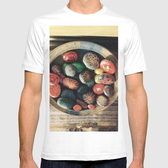 Rock art in ceramic bowl T-shirt
