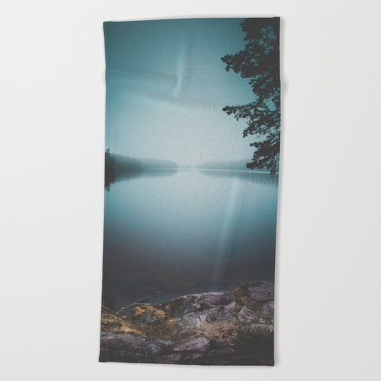 Lake insomnia Beach Towel