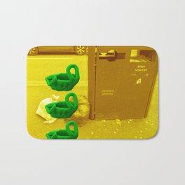 Rubbish (Yellow/Green) Bath Mat