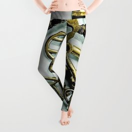 Vintage Skeleton Key Photograph Series Photo 3 – Metallic Gold - by Jéanpaul Ferro Leggings