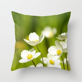 Anemone heaven Throw Pillow
