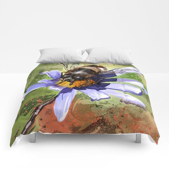 Bee on flower 18 Comforters
