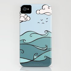 Clouds and Waves Slim Case iPhone (4, 4s)