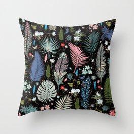 Magic Garden / Floral Pattern Throw Pillow
